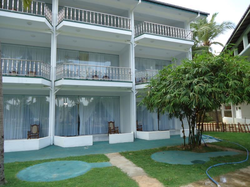 Sea Lotus Park Hotel - Exterior