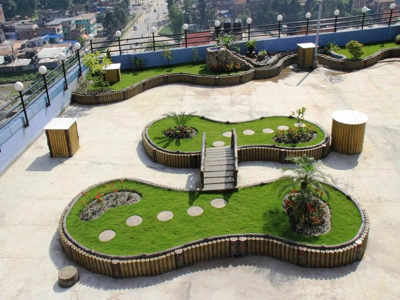 Hotel Indreni Himalaya - Garden