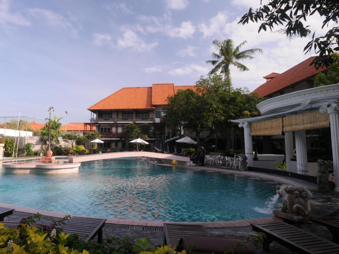 巴厘岛美乐思海滩度假村 (melasti beach resort & )