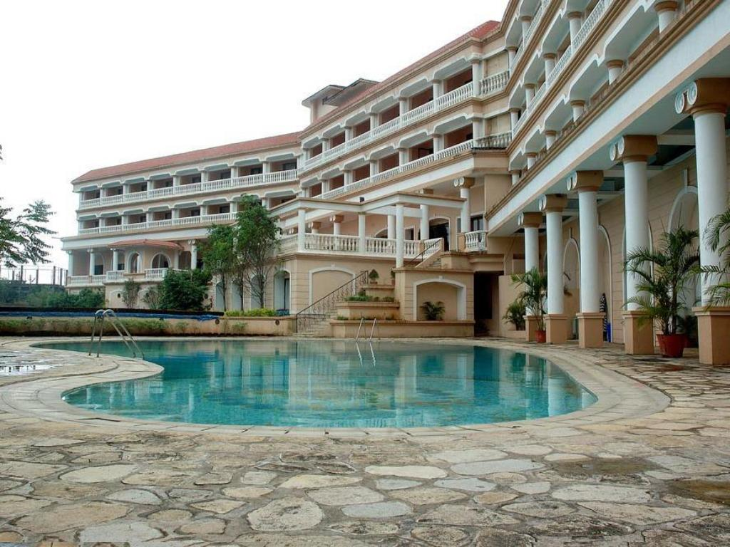 best hotel for dating in pune