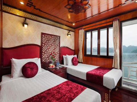 Rosa Cruise - Halong Bay boat cruise
