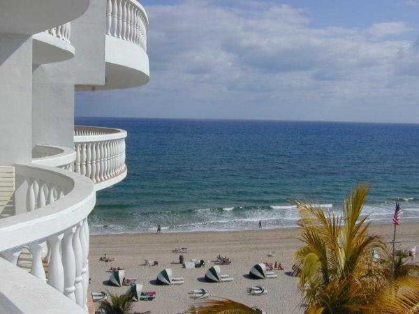 Beachcomber Oceanfront Resort & Villas Fort Lauderdale